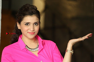 Actress Mannar Chopra in Pink Top and Blue Skirt at Rogue movie Interview  0218.JPG