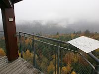Die Panoramatafeln auf der Plattform des Aussichtsturms Hohe Warte bei Pforzheim