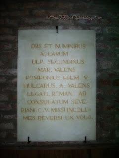 """Atestarea documentară a staţiunii datează din anii 153 d.C., fapt consemnat într-o tabulă votivă din băi: """"Zeilor şi divinităţilor apelor, Ulpius Secundinus, Marius Valens, Pomponius Haemus, lui Carus, Val, Valens, trimişi ca delegaţi romani să asiste la alegerea în calitate de consul a fostului lor coleg Severianus, întorcându-se nevătămaţi, au ridicat acest prinos de recunoştinţă"""". *More to read on :   Internet &Wikipedia."""