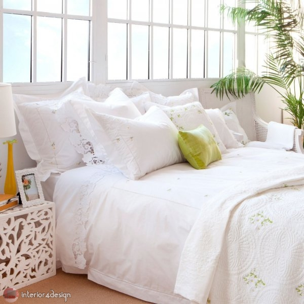Modern Bed Embroidered Linens 5