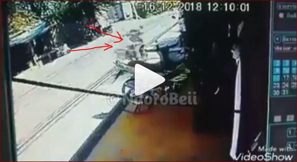 Terekam Kamera CCTV Motor Berjalan Tanpa Pengendara Hobohkan Nitizen Yang Lihat
