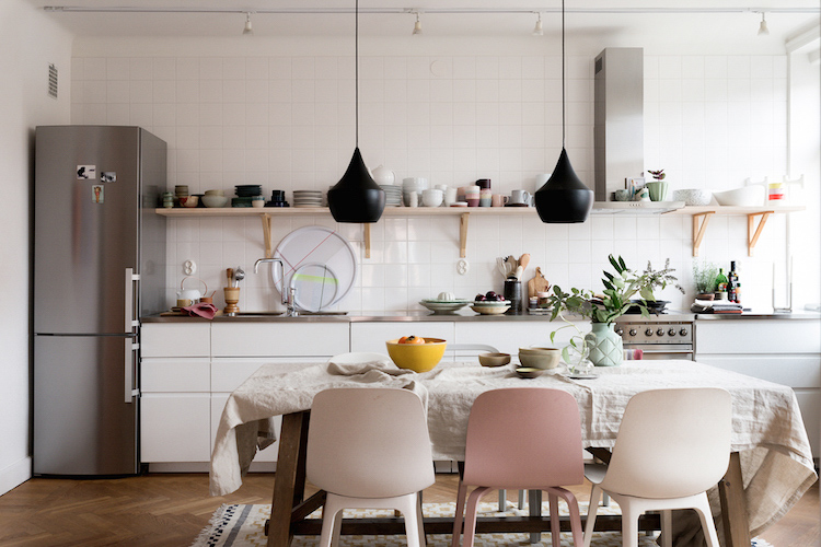 5 Lessons to Learn About Adding An Accent Colour From A Lovely Malmö Home