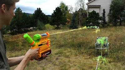 Súng Nerf Zombie Biosquad Hạ Zombie Bằng Hóa Chất