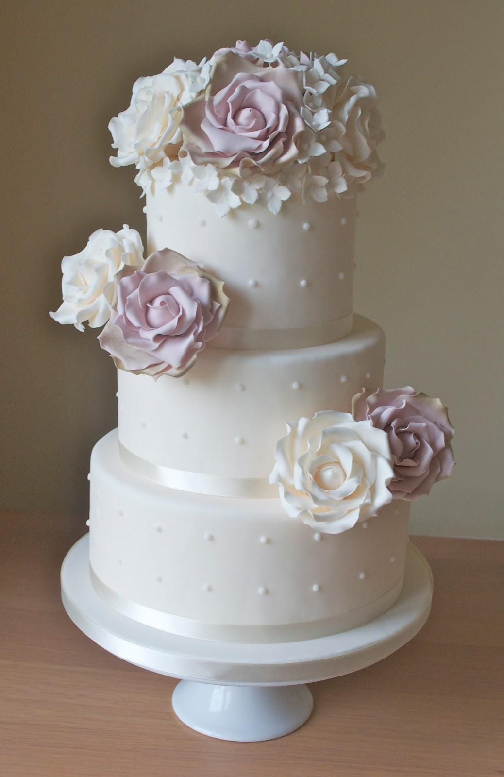Vintage Roses Wedding Cake