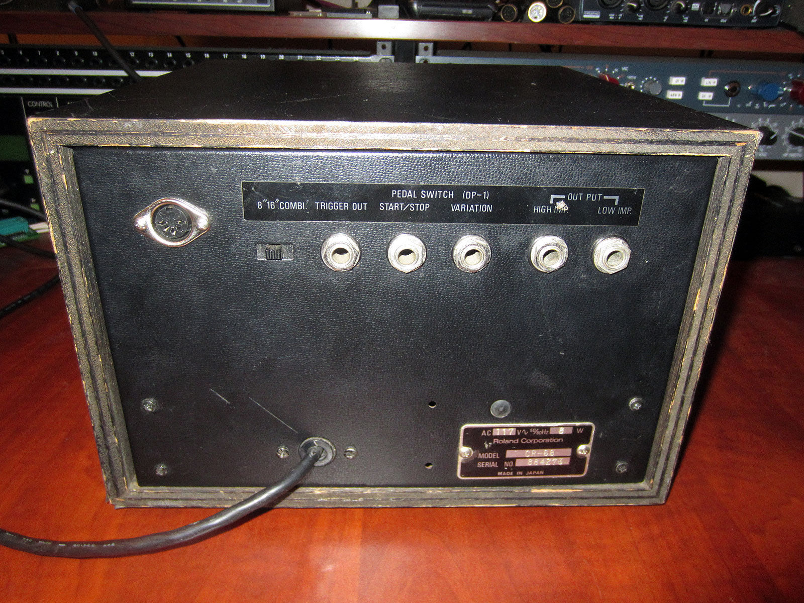 MATRIXSYNTH: Roland CR-68 Analog Drum Machine With MIDI Input
