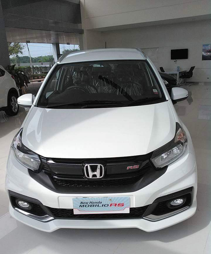 harga kredit honda mobilio murah 2017 daftar harga promo kredit mobil honda. Black Bedroom Furniture Sets. Home Design Ideas