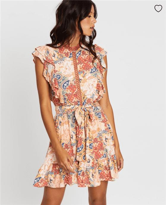 オーストラリア発人気ファッションブランド『MINKPINK(ミンクピンク)』の最新ミニドレスの画像写真