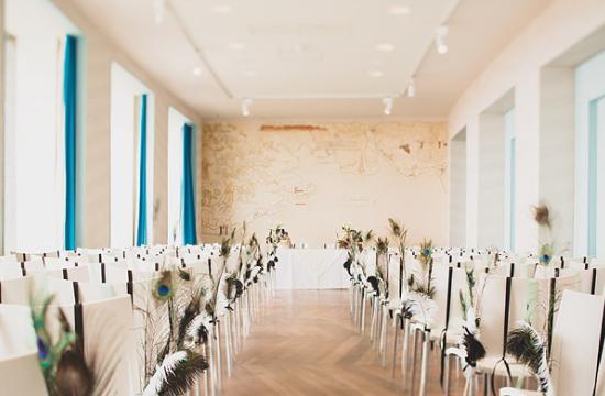 feathers wedding, roaring 20s wedding, feather wedding decors