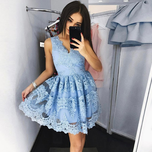A-line Layers V-neck Homecoming Dresses Light Blue Lace Short Appliques Homecoming Dresses