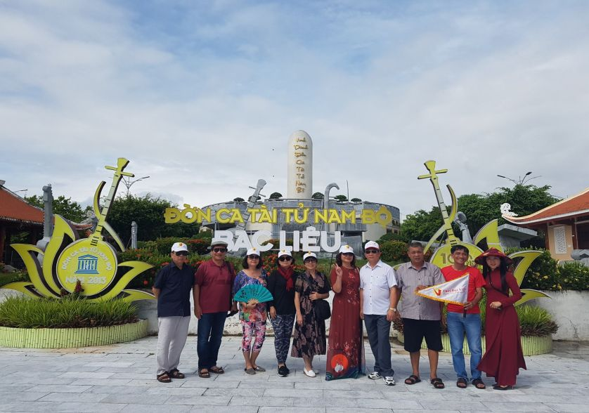 Khu tưởng niệm Cao văn Lầu - tour lục tỉnh miền tây