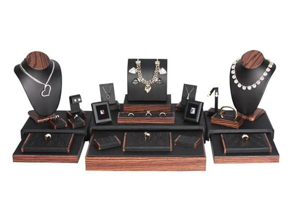 Shop the Black Leatherette Jewelry Display 22 Piece Set at NileCorp.com
