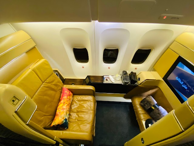 Review: Etihad EY38 First Class Boeing 777-300ER Paris Charles de Gaulle (CDG) to Abu Dhabi (AUH)