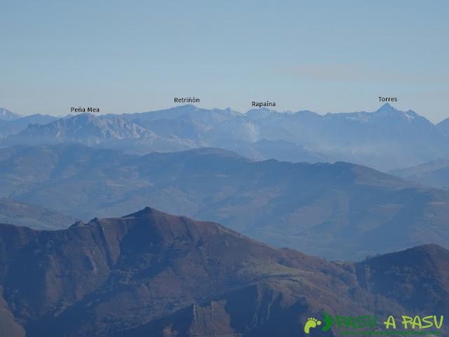Vista de Peña Mea y Torres desde La Mostayal