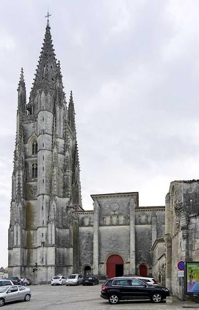 Basilica di Sant'Eutropio di Saintes-wikimedia