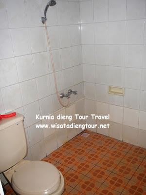 gambar kamar mandi hotel parama