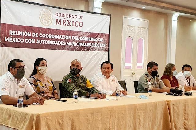 Reunión de coordinación del gobierno federal con alcaldes electos de Yucatán
