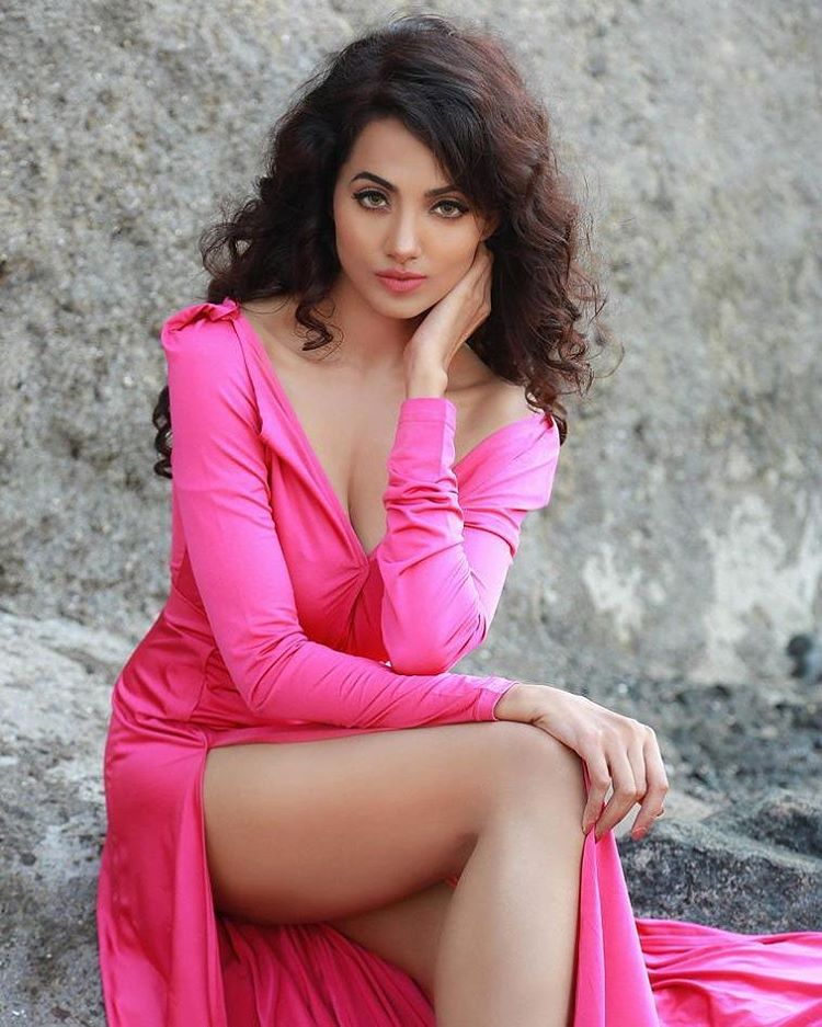 Hot Indian actress pics – Celebrityphotocuts 16