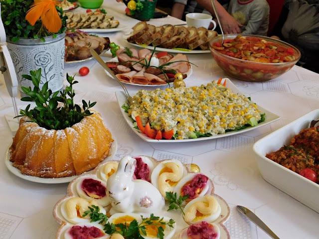 wiejskie tradycje świąteczne, ciasta, baby, pasztety