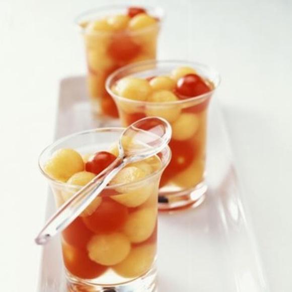 Aspic De Melon Et Tomates Cerise Au Vin