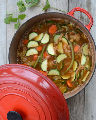 Weight Watchers Zero Points Garden Vegetable Soup ♥ AVeggieVenture.com, WW's famous original soup, quick to make, sure to satisfy. Vegan. Low Carb. Gluten Free. Whole 30.