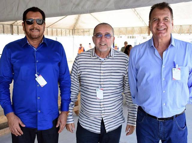Prefeito da Barra dos Coqueiros visita construção da usina Termoelétrica