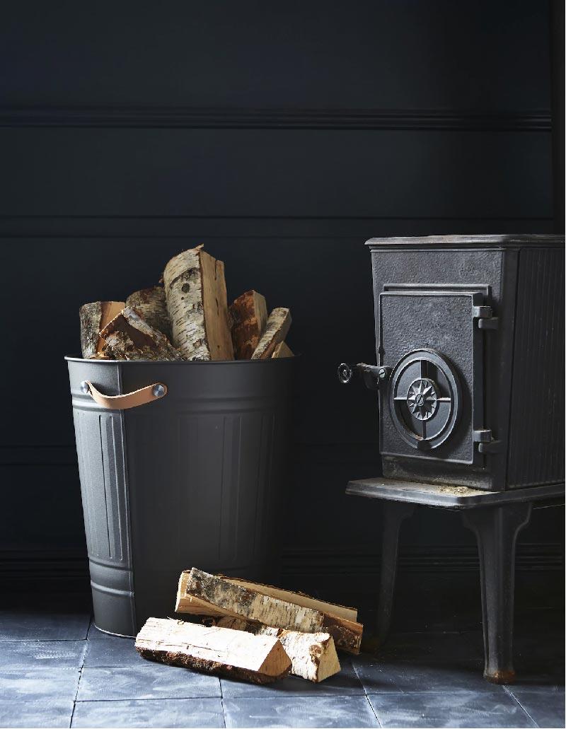 Dona al cestino KNODD un aspetto rustico ma raffinato