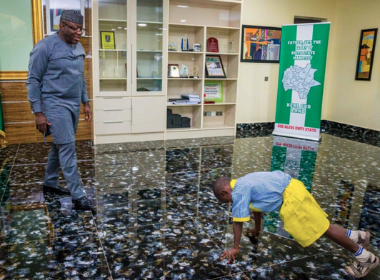 7-year-old-boy-acts-as-governor-of-Ekiti-state-08
