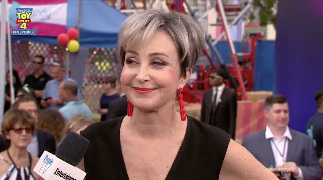 Toy Story 4 Annie Potts Premiere