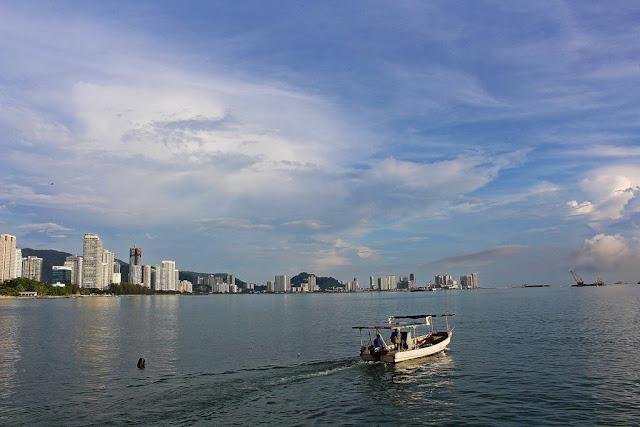 pantai di penang malaysia