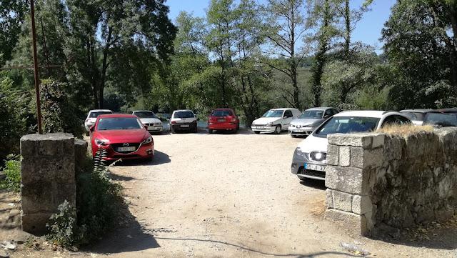 Parque de Estacionamento Praia Fluvial Navarra
