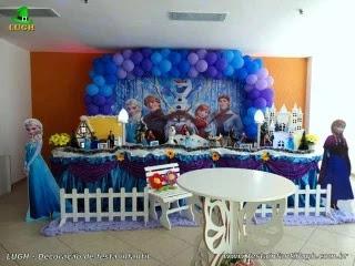 Decoração de mesa para aniversário da Frozen