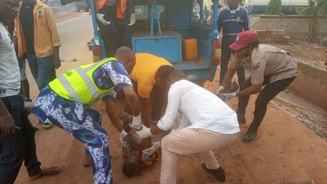 Sad! Man dies in a Fatal Accident in Anambra state (Photos)