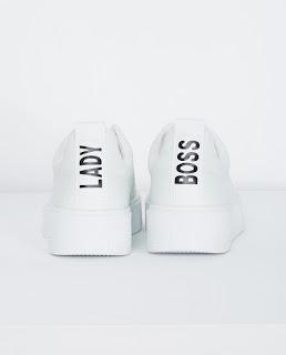 https://www.jbc.be/nl-be/dames/accessoires/schoenen/083507.html?cgid=560223&dwvar_083507_color=WTM