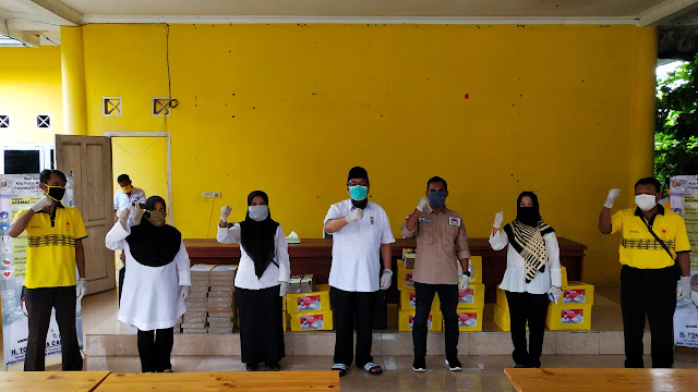 TEC Salurkan Sembako dan Alkes Bagi Honorer, Nelayan dan Pengurus GOLKAR Lampung Selatan