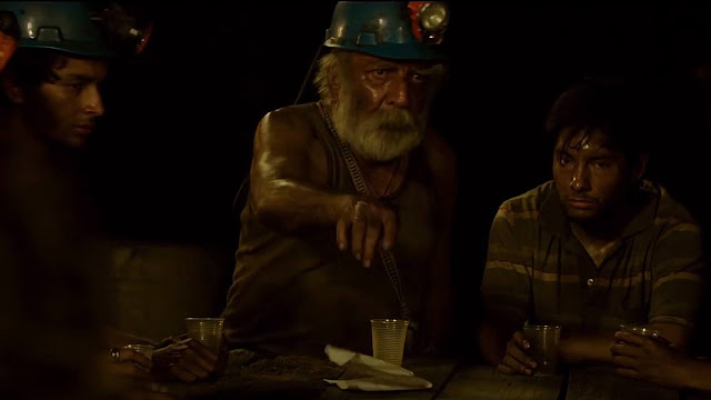 The 33, Directed by Patricia Riggen, Sharing food