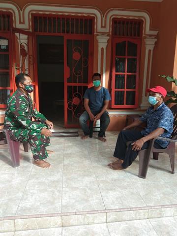Melalui Koramil 14/Raya Jajaran Kodim 0207/Simalungun Laksanakan Komsos Dalam Rangka Jalin Silaturahmi Dengan Warga