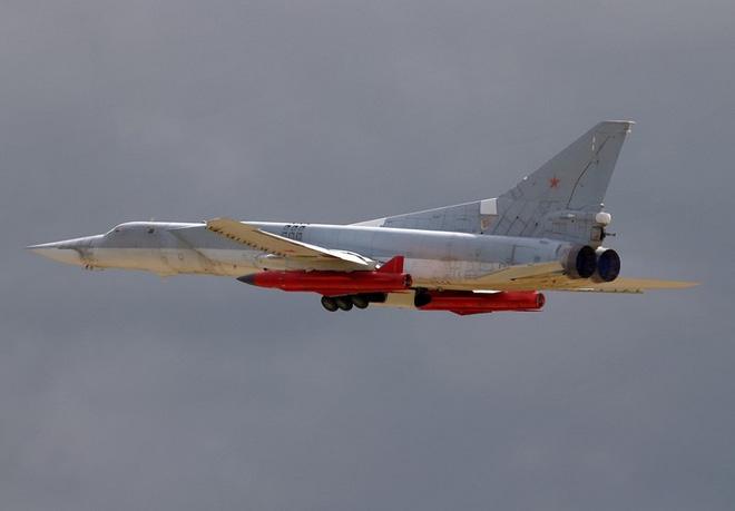 Su-30 Nga lột xác với siêu vũ khí, F/A-18 Mỹ chỉ biết nhìn tên lửa lao vào tàu sân bay