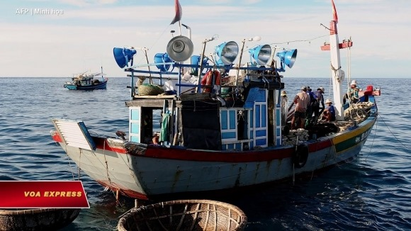 Tàu cá Việt mất tích bất thường khi di chuyển về hướng Hải Nam, Trung Quốc