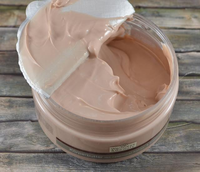 Wellness & Beauty Körperbutter Kakao- & Sheabutter geöffnet