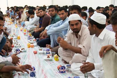 Tata Cara Puasa Wajib dan Sunah Agama Islam | Slide PPT