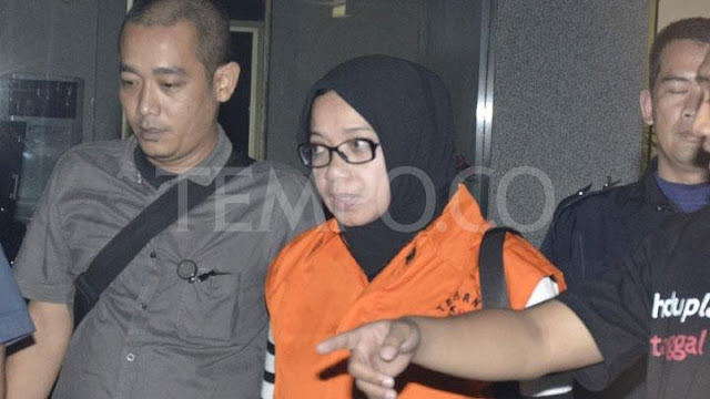 Eni Saragih: Saya Pikir Rezeki dari Swasta itu Halal