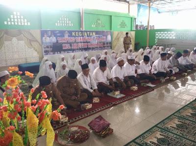 Camat Air Putih Laksanakan Tepung Tawar Jemaah Calon Haji