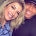 Léo Santana posta foto 'íntima' com Lore Improta e se declara