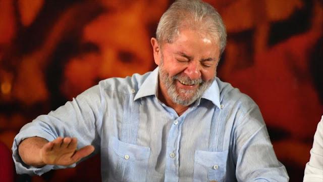 Justicia de Brasil ordena devolver el pasaporte a Lula da Silva