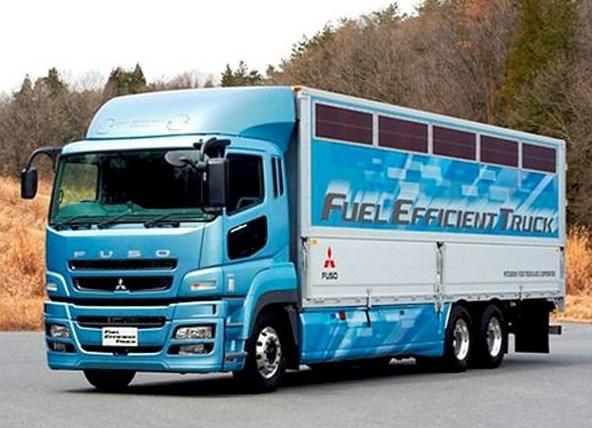 gambar truk fuso spesial terbaru