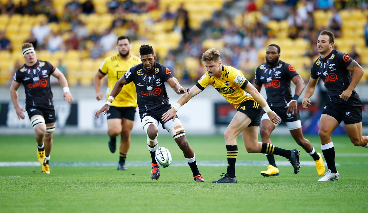Hurricanes vs Cell C Sharks at Wellington
