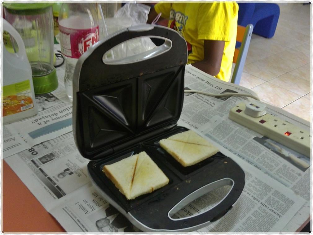 Mesin Pembakar Roti