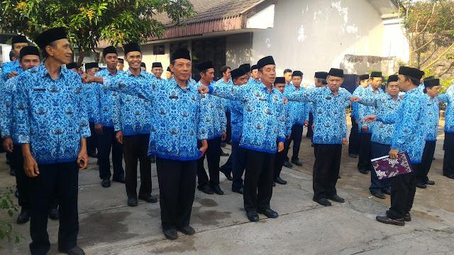 Persiapan upacara HUT RI ke-72 di BPHW IV.