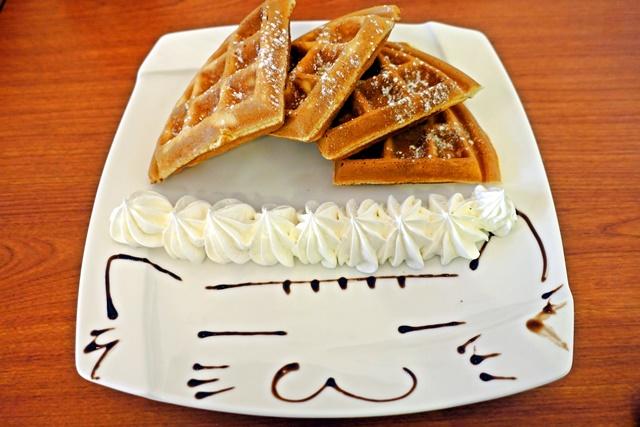 奶油鬆餅貓插畫