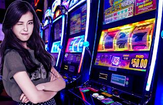 Mengalahkan Mesin Slot Online dengan Cara Ini
